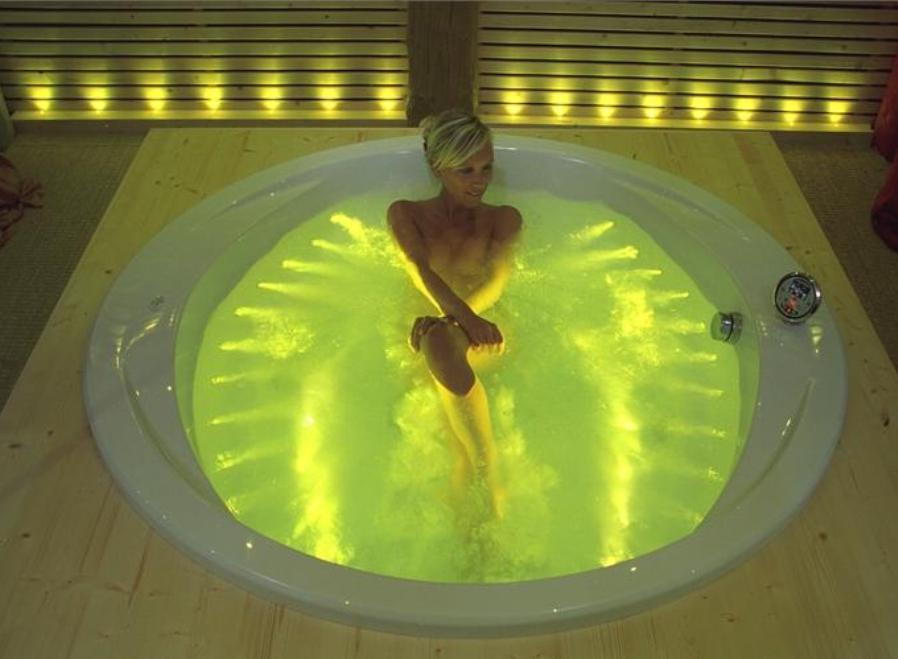 Хромотерапия в ванне